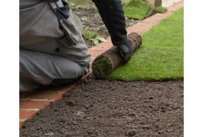 Aanleg graszoden is relatief eenvoudig